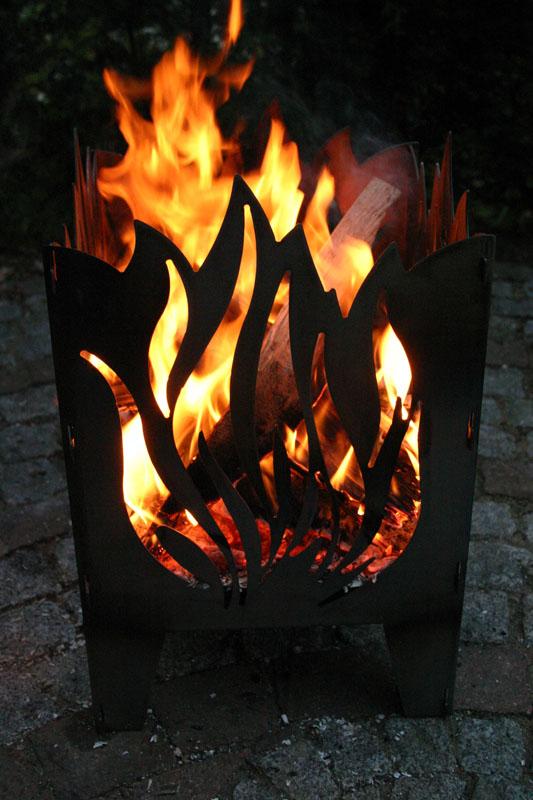 feuerstelle feuerschale feuerkorb terrassenfeuer motiv flamme stahl luxus ebay. Black Bedroom Furniture Sets. Home Design Ideas