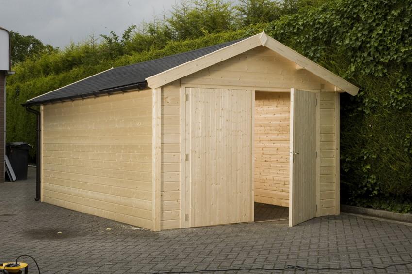 pin garage aus holz holzbau holzbauweise schorndorf on. Black Bedroom Furniture Sets. Home Design Ideas