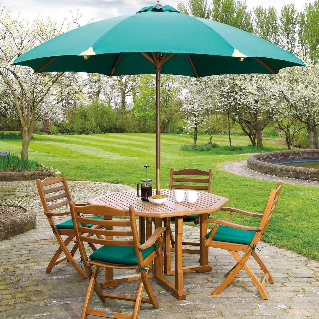 gartentisch alexander rose cornis klapptisch 8 eckig klappbar holztisch vom spielger te. Black Bedroom Furniture Sets. Home Design Ideas