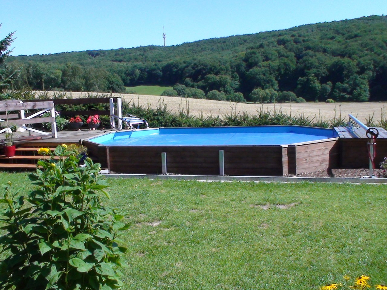 Ooloo life swimmingpool holzpool bis 40 m mit for Aufstellpool aus holz