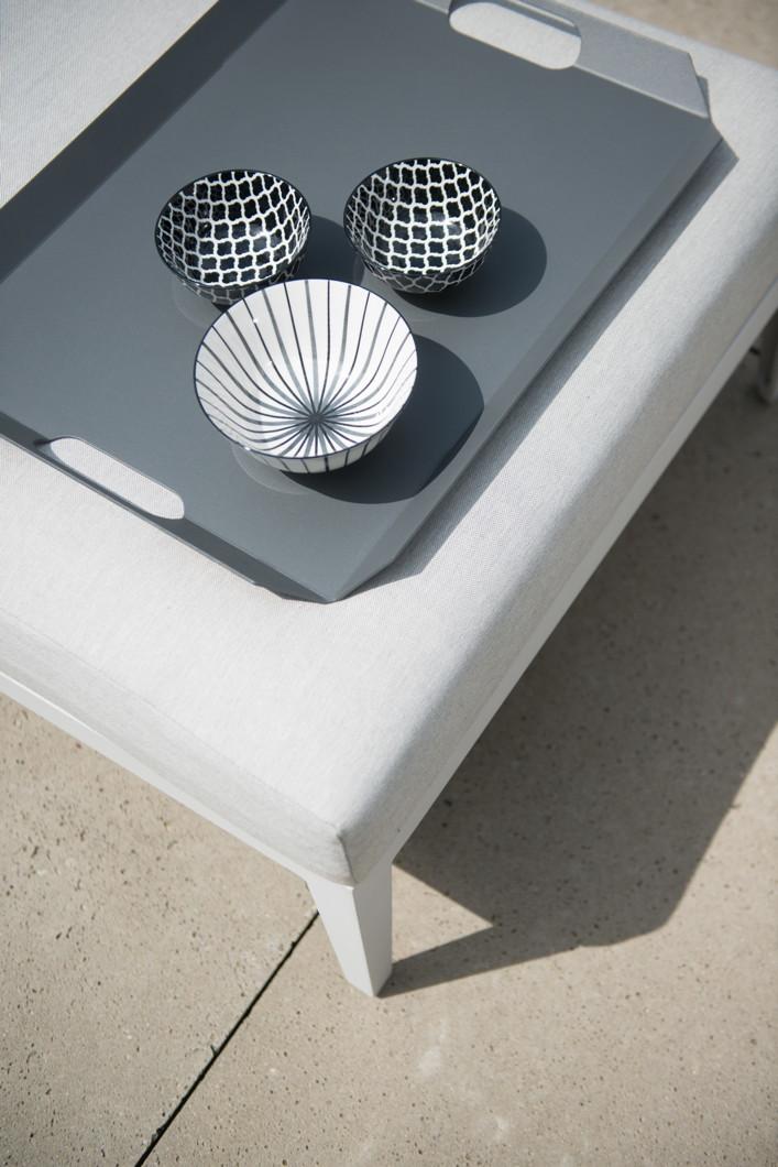 gartentisch 4seasons almeria couchtisch aluminiumgestell mit kissen gartenm bel fachhandel. Black Bedroom Furniture Sets. Home Design Ideas