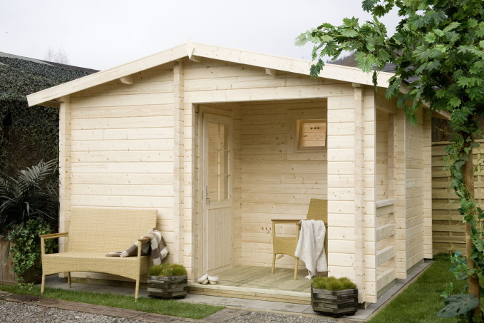 anlehnhaus holz selber bauen gartenzubeh r und gartenger te aufbewahren 25 ideen 25. Black Bedroom Furniture Sets. Home Design Ideas