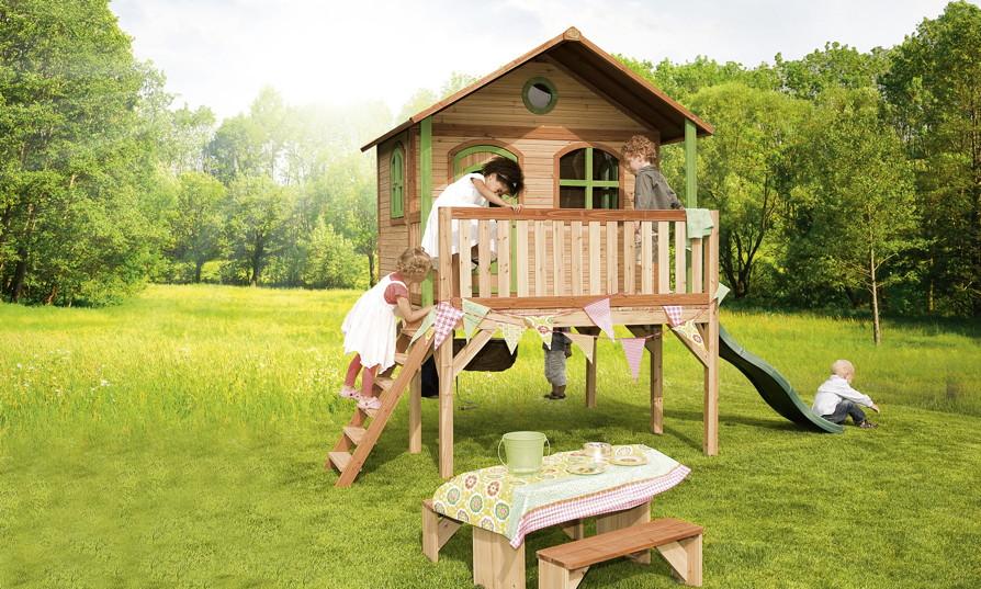 holz kinder spielhaus hohes stelzen spielhaus rutsche. Black Bedroom Furniture Sets. Home Design Ideas