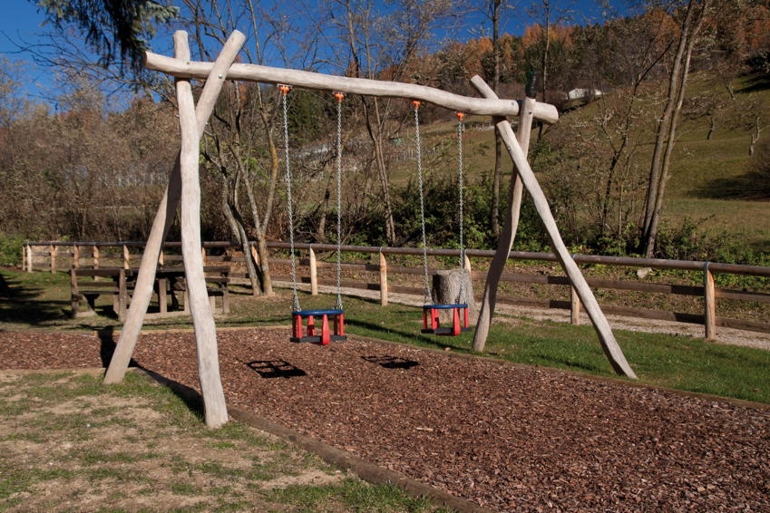 Spielplatz-Schaukelgerüst DIN EN 1176 COUNTRY Doppelschaukel Holzschaukel