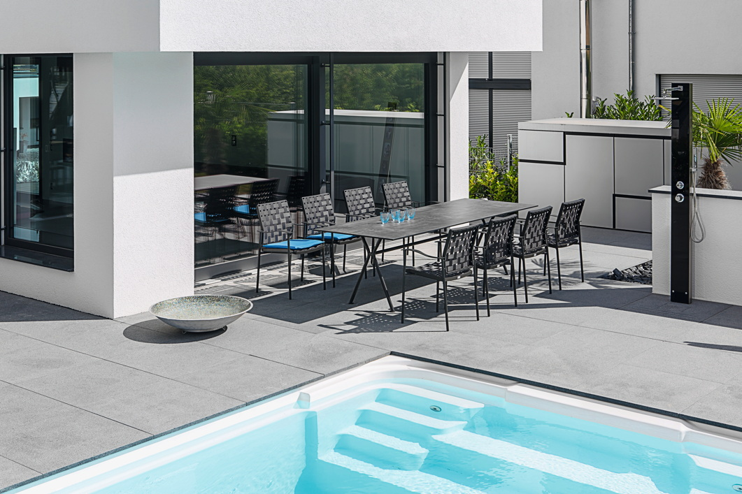 gartenstuhl fischer nizza stapelsessel anthrazit aluminiumstuhl gartenm bel fachhandel. Black Bedroom Furniture Sets. Home Design Ideas
