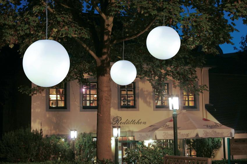 gartenlampe aussenlampe snowball h ngend mit bewegungsmelder runde leuchte gartenm bel. Black Bedroom Furniture Sets. Home Design Ideas