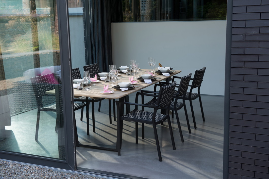 gartenstuhl 4seasons piazza schwarz stapelsessel geflechtsessel mit kissen gartenm bel. Black Bedroom Furniture Sets. Home Design Ideas