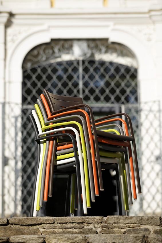 Gartenstühle stapelbar bunt  Gartenstühle Stapelbar Bunt | ambiznes.com