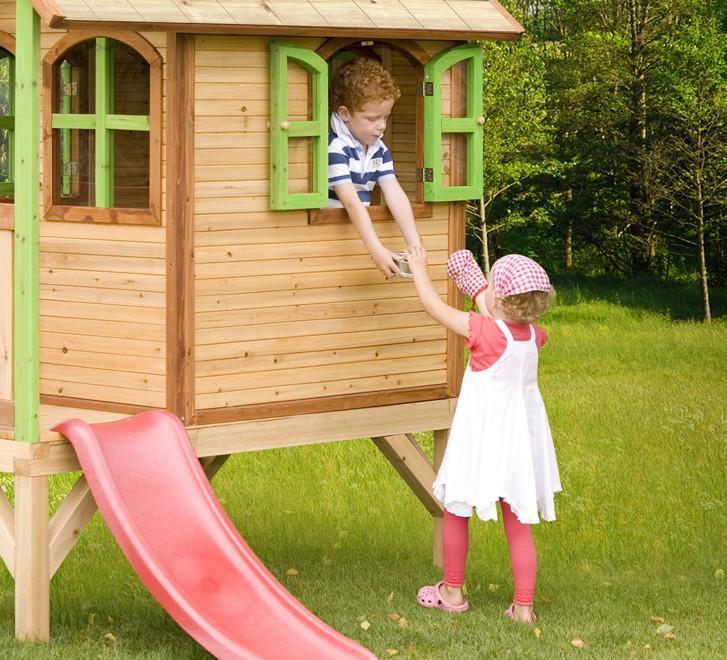 kinder holz spielhaus axi tom kinderspielhaus stelzen veranda rutsche ebay. Black Bedroom Furniture Sets. Home Design Ideas