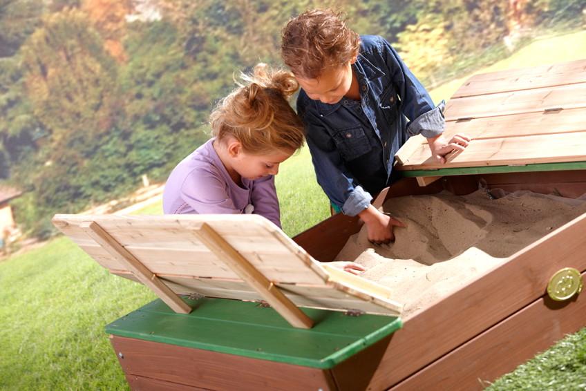sandkasten holz axi ella sandkiste mit abdeckung holzsandkasten vom spielger te fachh ndler. Black Bedroom Furniture Sets. Home Design Ideas