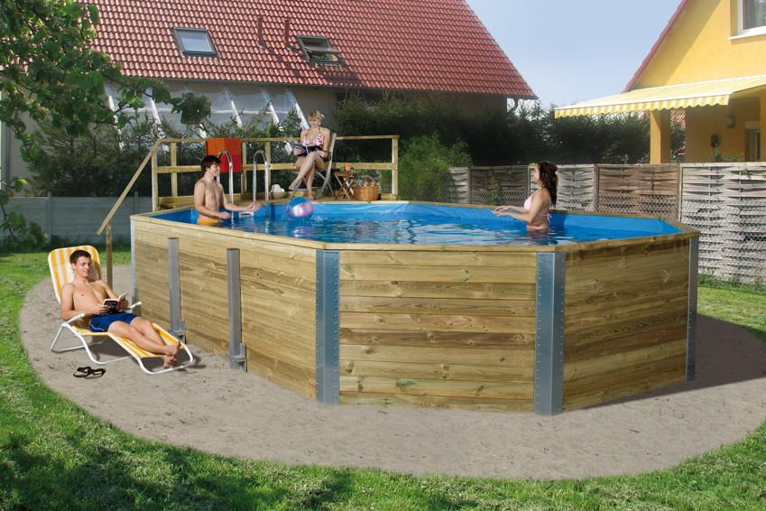 Pool im garten holz swimmingpools fur den garten kaufen im for Garten pool eingraben